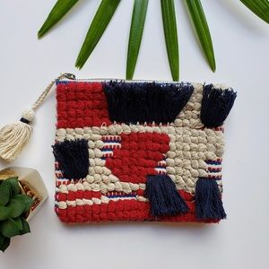 Handbags - UNIVERSAL THREAD Global Pouch